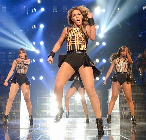 1372788533_beyonce-knowles-concert-467